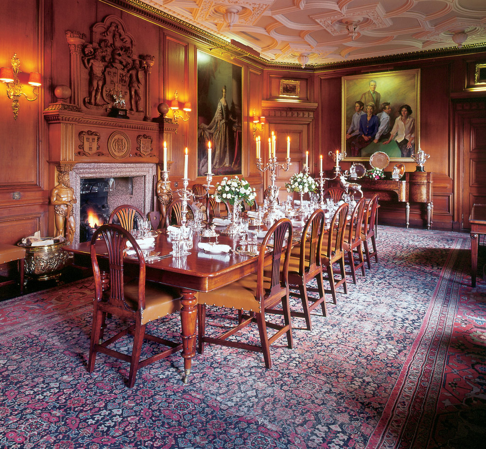Castle Dining Room: Ballindalloch Castle